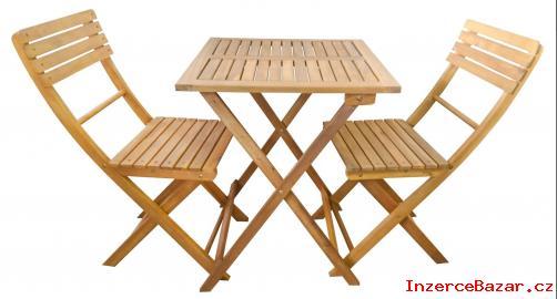 Dřevěný nábytek na balkon