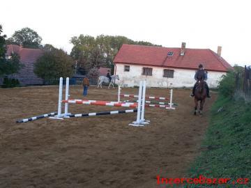 Ustájení koní u Velvar