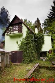 Prodáme chatu na Šumavě