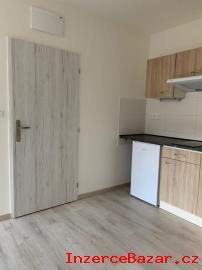 Pronájem, byt 2+kk, 31,5 m2, Praha 10