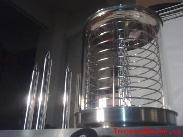Nejlevnější stroj na párek v rohlíku vyl