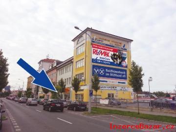 REALITNÍ MAKLÉŘ RE/MAX InterCora Plzeň