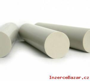Plastové tyče i plastové desky