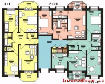 Trojbytového Domu S Byty V Přízemí A Zah